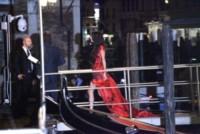Amal Alamuddin - Venezia - 26-09-2014 - Amal Alamuddin e Michelle Obama: chi lo indossa meglio?