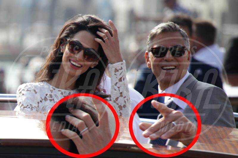 Amal Alamuddin, George Clooney - 28-09-2014 - Amal e George: Hello! e People svelano l'abito della sposa