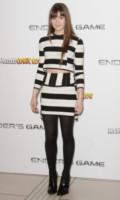 Hailee Steinfeld - Londra - 07-10-2013 - Tutte in riga black&white come Amal Alamuddin!