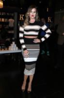 Khloe Kardashian - Las Vegas - 25-01-2014 - Tutte in riga black&white come Amal Alamuddin!