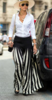 Esther Quek - Milano - 24-06-2014 - Tutte in riga black&white come Amal Alamuddin!