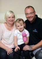 Zania Fraser, David Fraser, Haley Fraser - 22-09-2014 - Haley, nata senza una mano. Ora ce l'ha, come quella di Iron Man