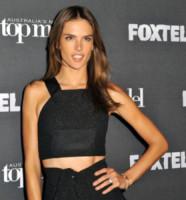 Alessandra Ambrosio - Sydney - 02-10-2014 - Top Crop & company: pancini al vento sul red carpet