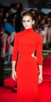 Lily Collins - Londra - 06-10-2014 - Lily Collins, una signora in rosso alla prima di Love Rosie