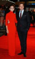 Sam Claflin, Lily Collins - Londra - 06-10-2014 - Lily Collins, una signora in rosso alla prima di Love Rosie
