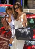 Flynn Bloom, Miranda Kerr - New York - 06-07-2014 - Birkin Bag di Hermes, da 30 anni la borsa delle star