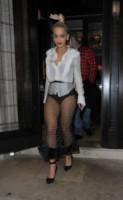 Rita Ora - Londra - 08-10-2014 - La provocazione delle vip, mettere in mostra tutto (o quasi)