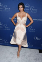 Eva Longoria - Beverly Hills - 08-10-2014 - Eva Longoria torna in tv con Telenovela