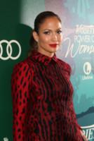 Jennifer Lopez - Beverly Hills - 10-10-2014 - Jennifer Lopez è tra le 5 donne più buone dell'anno per Variety
