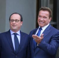 François Hollande, Arnold Schwarzenegger - Parigi - 10-10-2014 - Donald Trump sarà il prossimo Presidente Usa?