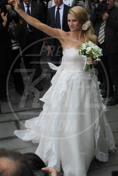 Michelle Hunziker - 11-10-2014 - Michelle Hunziker e le altre spose: quale preferite?