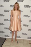 Laura Dern - Southampton - 11-10-2014 - Per essere chic, basta un velo di cipria… indosso!