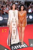 Kendall Jenner, Kylie Jenner - Toronto - 15-06-2014 - Gigi e Bella Hadid, nude in copertina mandano il web in tilt