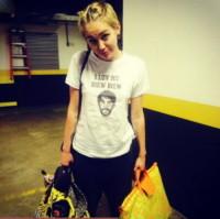 Miley Cyrus - Los Angeles - 16-10-2014 - Ma quali hacker, il nudo sul web glielo mette l'assistente