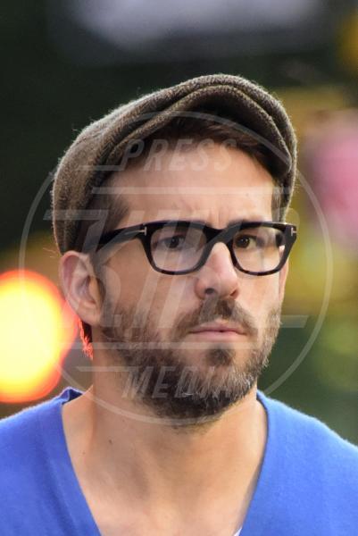 Ryan Reynolds - New York - 16-10-2014 - Barba Natale: se a consegnare i regali fosse un sexy lui