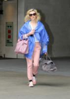 Fearne Cotton - Londra - 29-04-2014 - Inverno grigio? Rendilo romantico vestendoti di rosa!