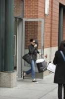 Julianna Margulies - Manhattan - 24-10-2014 - Le celebrity giocano a nascondino con i paparazzi