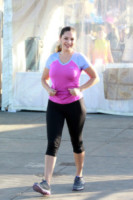 Kelly Brook - Los Angeles - 26-10-2014 - Tuta, leggings, top crop: scegli lo stile fitness che fa per te!