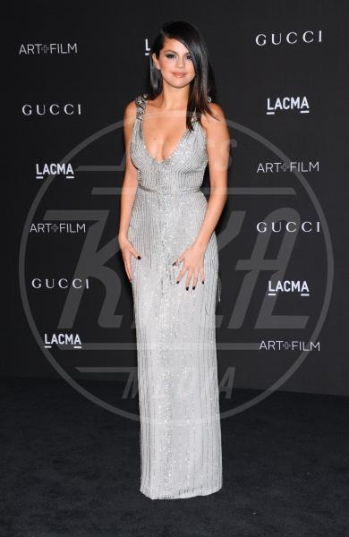 Selena Gomez - Los Angeles - 01-11-2014 - Per Capodanno scegli l'argento e sarai una stella!