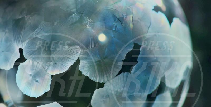 Bolle di sapone ghiacciate, Bolle di sapone - Canada - 23-10-2014 - Nel mondo fatato e ghiacciato delle bolle di sapone