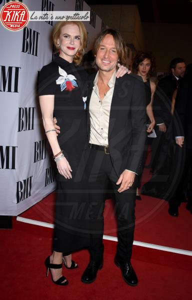 Keith Urban, Nicole Kidman - Nashville - 04-11-2014 - Amori in controtendenza: quando lui è più basso di lei