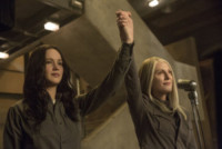 Jennifer Lawrence, Julianne Moore - Hunger Games, J-Law e soci pronti al canto della rivolta