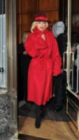 Rita Ora - Londra - 12-11-2014 - Sarà un inverno caldo… con un cappotto rosso!