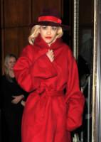 Ricky Hilfiger, Rita Ora - Londra - 12-11-2014 - Sarà un inverno caldo… con un cappotto rosso!