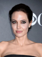 Angelina Jolie - Hollywood - 15-11-2014 - Cavallette e scarafaggi: l'assurda dieta di Angelina Jolie