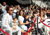 Livingston McConaughey, Levi McConaughey, Jessica Chastain, Vida McConaughey, Camila Alves, Matthew McConaughey, Anne Hathaway - Hollywood - 17-11-2014 - Il viaggio a Lourdes di Ilary Blasi: cosa ha fatto e perché