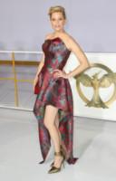 Elizabeth Banks - Los Angeles - 17-11-2014 - Ma come ti vesti? I look peggiori del 2014