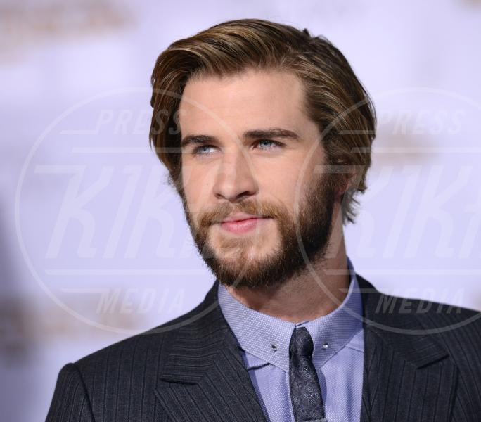 Liam Hemsworth - Los Angeles - 17-11-2014 - Barba Natale: se a consegnare i regali fosse un sexy lui