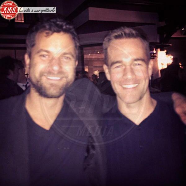 James Van Der Beek, Joshua Jackson - Los Angeles - 19-11-2014 - Joshua Jackson, la nuova fiamma è la fotocopia di Diane Kruger