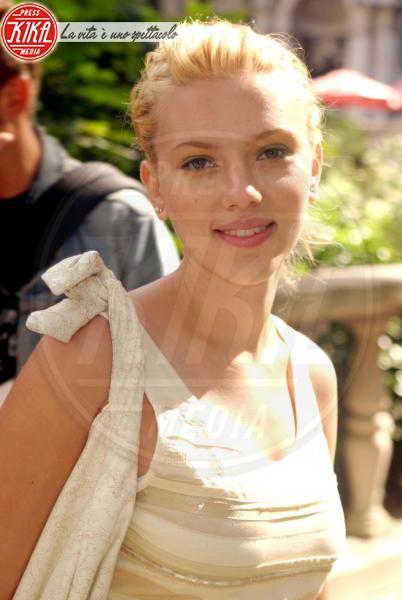 Scarlett Johansson - New York - 12-09-2003 - Scarlett Johansson, 33 anni in bellezza e successi
