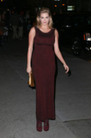 Kate Upton - New York - 22-10-2013 - Le celebrity? Tutte pazze per il bordeaux…
