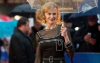 Nicole Kidman - Londra - 23-11-2014 - Star come noi: la pioggia non guarda in faccia a nessuno