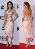 Jennifer Lopez - Los Angeles - 24-11-2014 - AMA's 2014: Vade retro abito! Ecco le scelte delle star