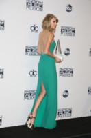 Taylor Swift - Los Angeles - 23-11-2014 - AMA's 2014: Vade retro abito! Ecco le scelte delle star