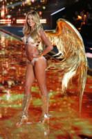Candice Swanepoel - Londra - 02-12-2014 - Victoria's Secret: più belli gli Angeli o... i reggiseni?