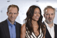 Naomie Harris, Sam Mendes, Ralph Fiennes - Londra - 04-12-2014 - Monica Bellucci è la nuova bond girl