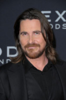 Christian Bale - Manhattan - 08-12-2014 - Barba Natale: se a consegnare i regali fosse un sexy lui
