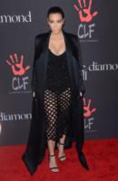Kim Kardashian - Beverly Hills - 11-12-2014 - Kim Kardashian e Zoe Kravitz: chi lo indossa meglio?