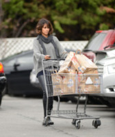 Halle Berry - Los Angeles - 12-12-2014 - Star come noi: la vita reale è fatta di commissioni