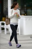 Katie Holmes - Los Angeles - 30-12-2014 - Tutti pazzi per lo smoothie! Ecco come si dissetano i VIP