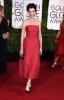 Julianna Margulies - Beverly Hills - 12-01-2015 - Golden Globes 2015: c'è posto anche per la longuette!