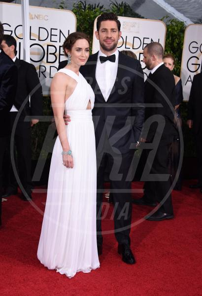 Emily Blunt, John Krasinski - Beverly Hills - 11-01-2015 - Golden Globe 2015: va in scena il gioco delle coppie
