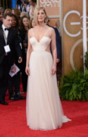 Rosamund Pike - Beverly Hills - 11-01-2015 - Golden Globes 2015: Vade retro abito!