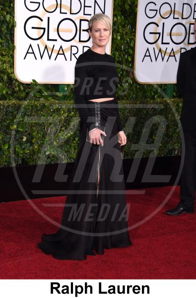 Robin Wright - Beverly Hills - 11-01-2015 - Golden Globe 2015: gli stilisti sul red carpet