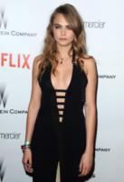 Cara Delevingne - Beverly Hills - 11-01-2015 - Rimbalzate da uno strip club: la serata di Cara, Margot e Amber