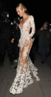 Candice Swanepoel - Londra - 02-12-2014 - Candice Swanepoel e Beyoncé Knowles: chi lo indossa meglio?